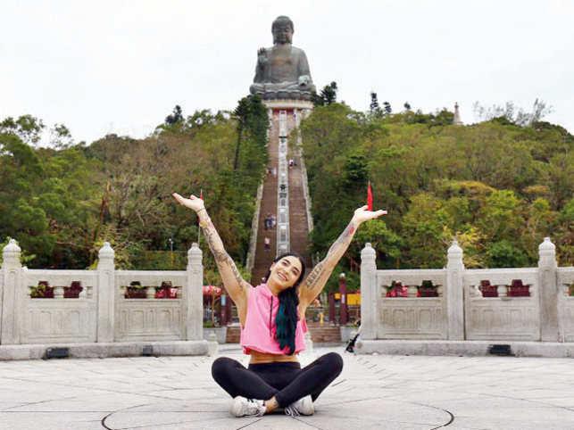 VJ Bani at Tian Tan Buddha, Hong Kong