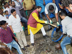 Modi had in his recent 'Mann ki Baat' programme urged the people to hold a sanitation campaign from September 15 to October 2, the birth anniversary of Mahatma Gandhi.