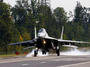 Indian Navy: MiG eyes deal to supply military jets to Navy - The