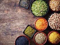 Currently, the crop harvest season has begun in Madhya Pradesh, Maharashtra and Karantaka.