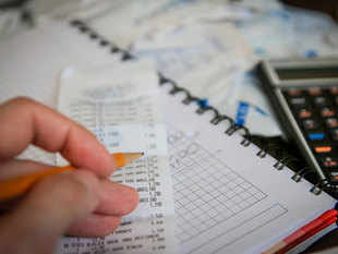 All eligible businesses must migrate to GST immediately and use GSTIN on their invoices.