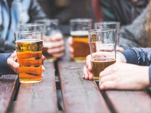 Heavy drinking six times a month may lower the chances of a new college graduate to land a job by 10 per cent.