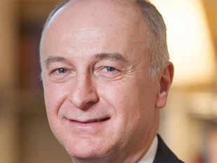 Aymar de Lencquesaing, executive vice president at Lenovo Group and chairman & president at Motorola, expects double-digit growth for Lenovo and Motorola phones in India.