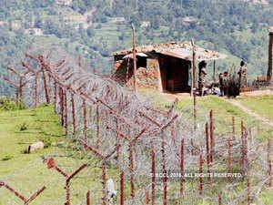 Pakistan shells border posts, hamlets; BSF jawans among 7 injured