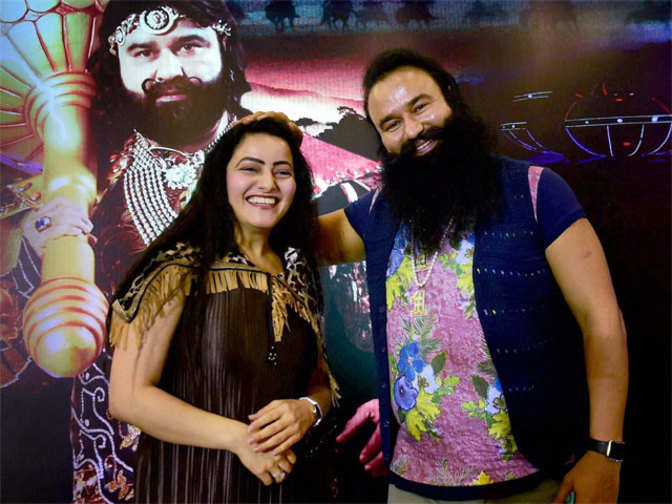 'Honeypreet and dera head Gurmeet Ram Rahim had illicit relations'
