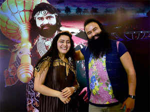 Earlier, a lookout notice was issued against Honeypreet by the police.