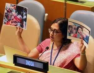 India shames Pakistan at UNGA for using fake image