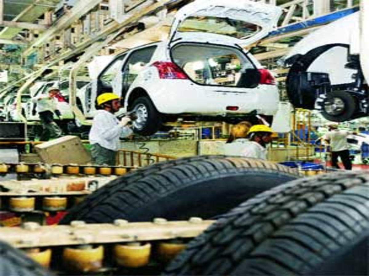 Maruti's Gurgaon plant: Multi-skilling workers and robots churn out models  - The Economic Times
