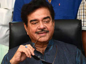 """Shatrughan Sinha's remarks came after Jaitley on Thursday described Yashwant Sinha as a """"job applicant at the age of 80""""."""