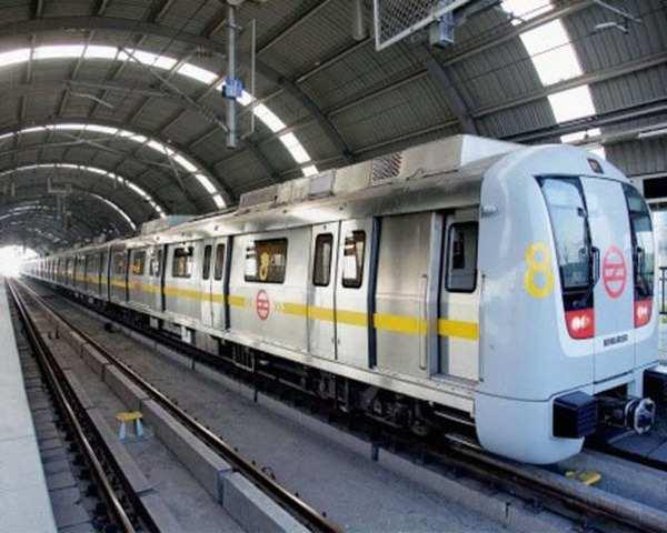 Delhi metro fares delhi metro will turn into dtc if fares are not delhi metro fares delhi metro will turn into dtc if fares are not hiked says mos puri the economic times video altavistaventures Images
