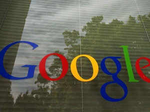 Google unveils moves to boost struggling news