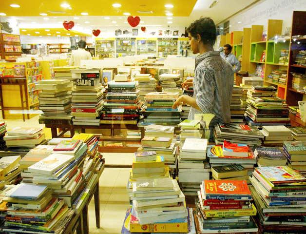 The world's biggest book sale begins in Sri Lanka