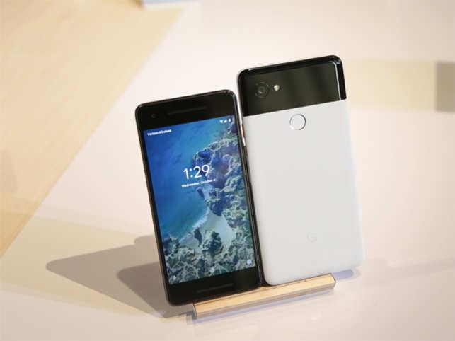 Google Unveils Home Mini & Home Max Smart Speakers