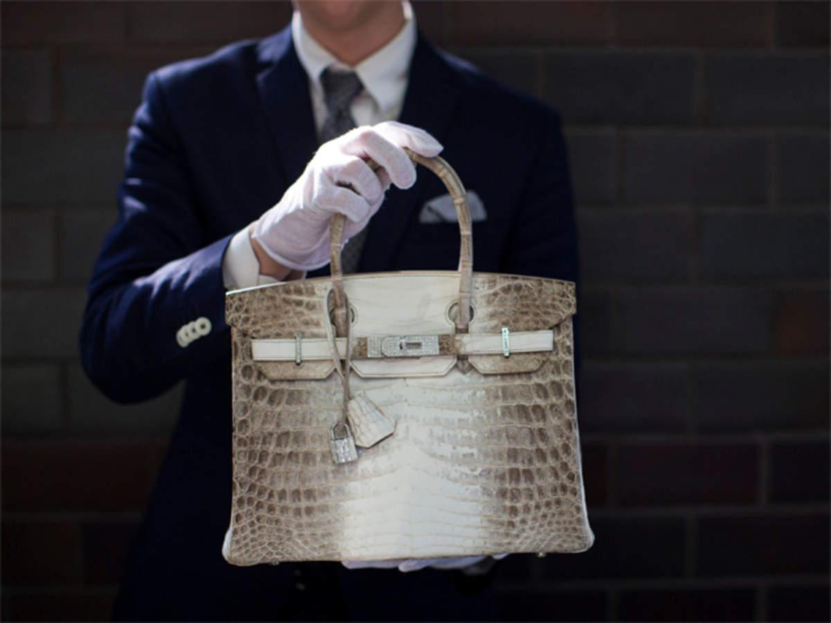 9de0bdaaf58f himlayan birkin  Here s why a Hermès Birkin bag has been making ...