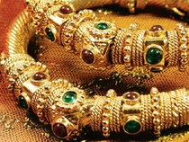 The laundering curbs, as well as the new sales and goods tax and rising prices, were dulling expectations for jewelry demand during the peak buying period before Diwali.