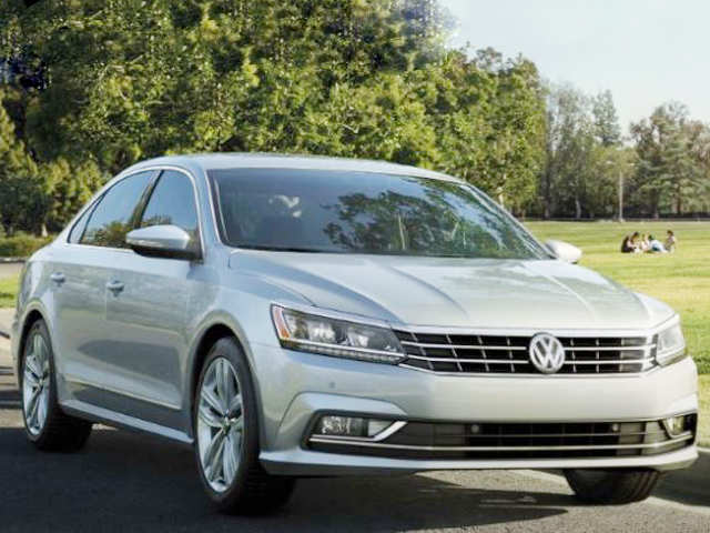 Volkswagen drives in premium sedan Passat at Rs 30 lakh