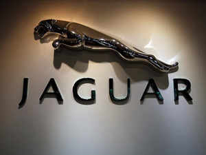 Luxury Cars Jlr Makes It Easier To Buy Luxury Gains Big The