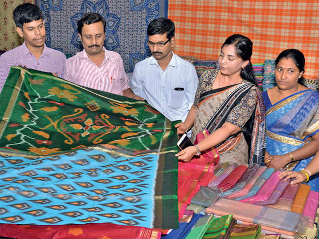 A range of Kanchipuram (also know as Kanjeevaram) sarees in myriad hues is sure to leave you spoilt for choice.