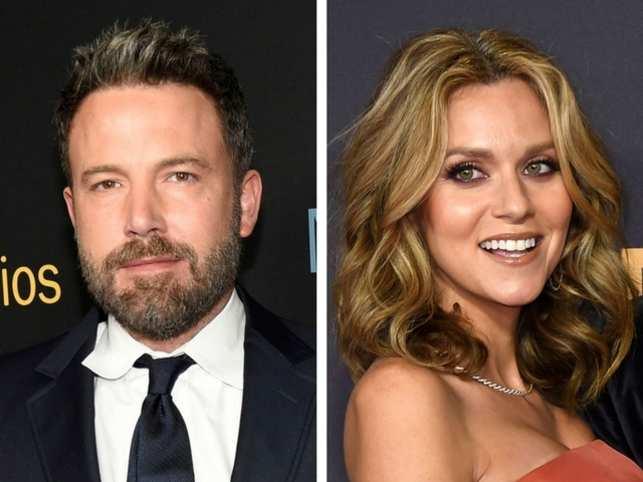 Ben Affleck apologises on Twitter for groping Hilarie Burton