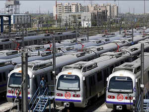 Currently, for travelling to south Delhi areas, people from Noida have to change trains at the Mandi House (from Blue Line to Violet Line).