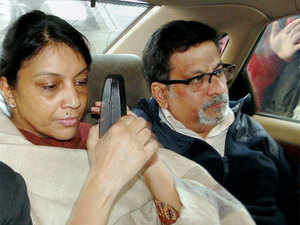The Noida-based dentist couple, who have been in jail since November 2013 in the murder case of their daughter Aarushi and help Hemraj, have been attending to inmates there.