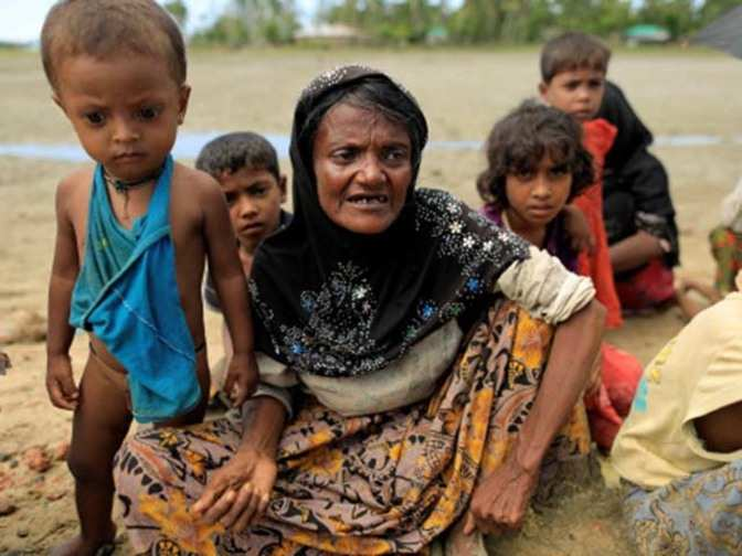 Rohingya issue humanitarian, deal with it sensitively: SC