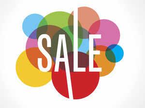 huge discount b7e66 0576c Discounts galore Online Diwali sale gets better