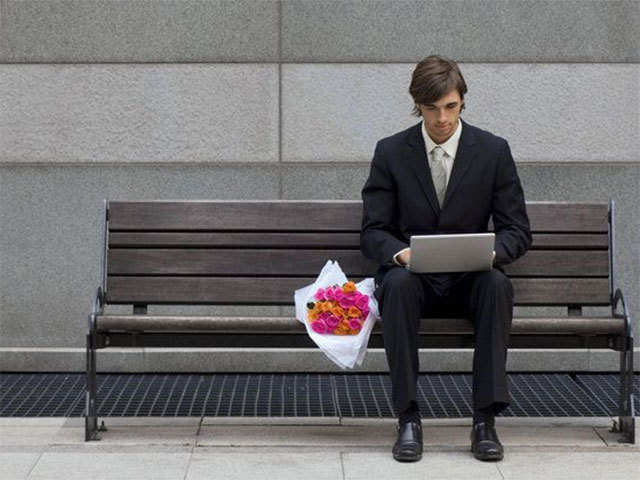 How safe are online dating apps