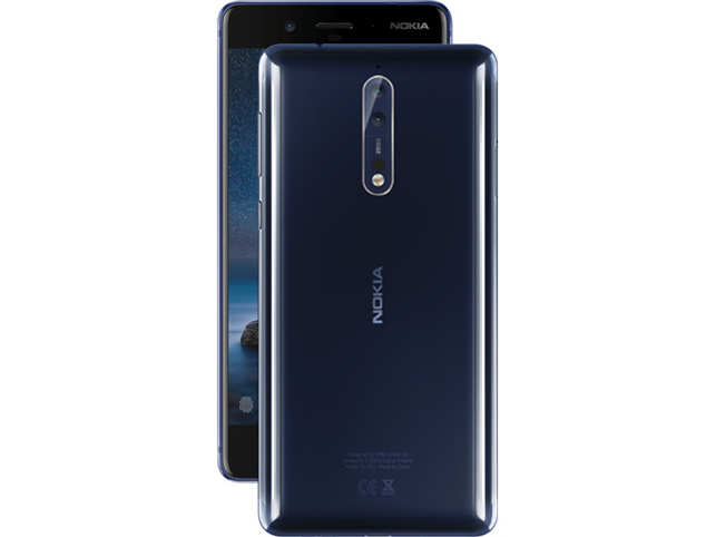 One of the much-touted features is the 'bothie' — the company's name for a mode that uses both the front and rear camera to capture a single photo.  (Image: nokia.com)