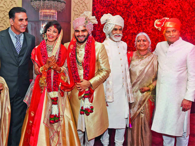 Tanira sethi and arjun dangs rosy wedding was an affair to akshay kumar tanira sethi arjun dang sunil sethi manju and navin dang sciox Images