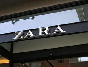 Unpaid Zara workers 'hid secret messages' in clothes tags