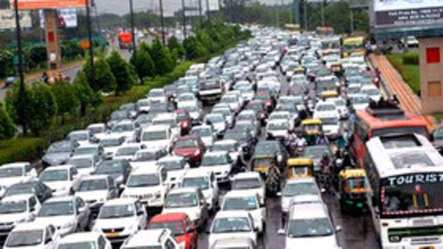 Delhi Pollution | Delhi smog live updates: NGT blasts ...