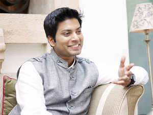 Chandilya started his career with lngersoll
