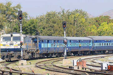 Railways may put 30,000 km of power lines on the block
