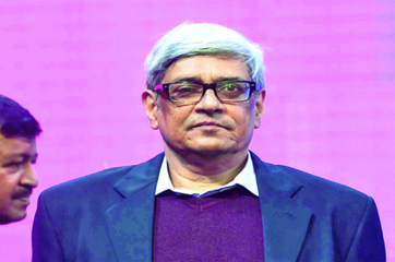Data deficiency on informal economy a matter of concern: NITI Aayog's Bibek Debroy