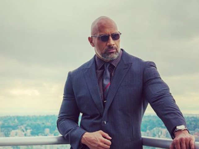 [Image: dwayne-johnson-opened-up-about-his-strug...essage.jpg]