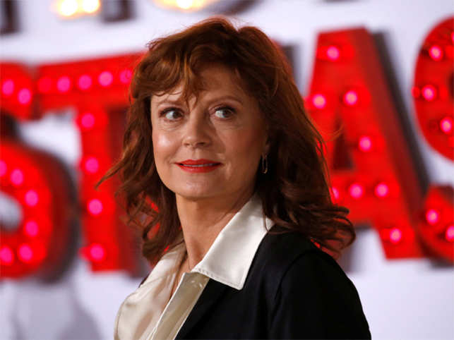 Susan Sarandon says Hillary Clinton is 'very dangerous'