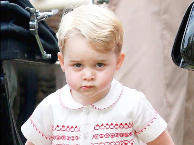 Prince William delivers son's letter to Santa in Finland