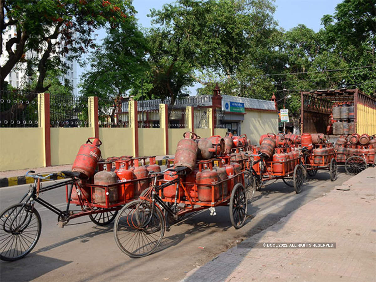 cooking gas: State oil companies to add 5,000 distributors