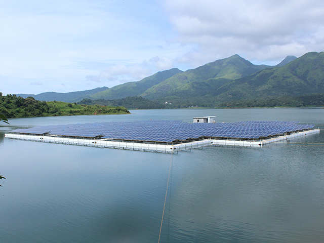 Kerala India S Largest Floating Solar Power Plant Opens