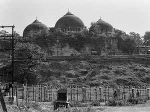barbari-masjid-pTI