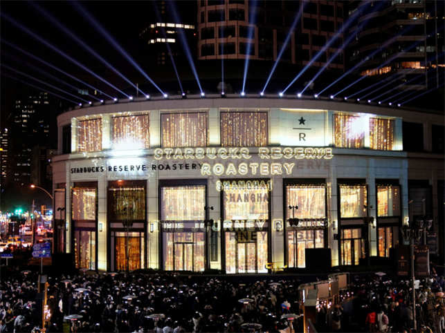 Biggest Starbucks Roastery shop landed in China