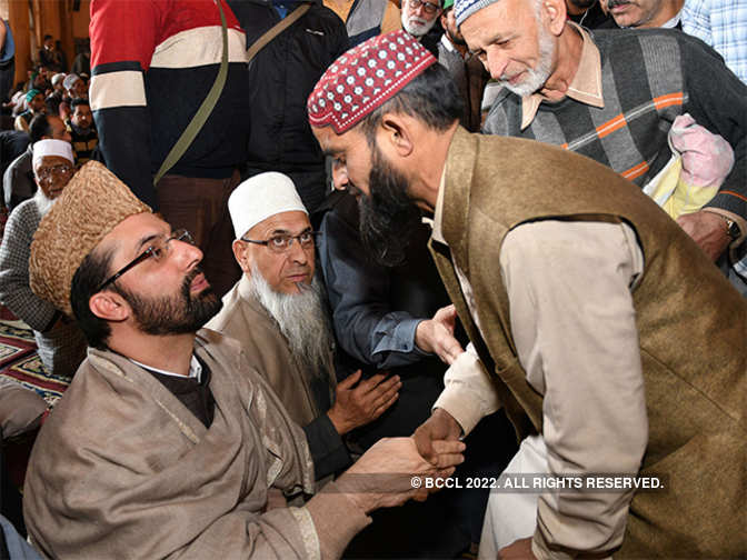 No scope for talks with interlocutor: Hurriyat