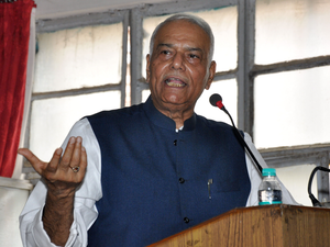 Sinha yesterday called off his three-day-old protest in Akola, saying Chief Minister Devendra Fadnavis had assured him that their demands will be met.