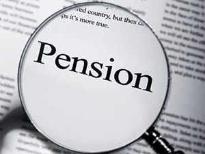 Pensioners demand higher monthly payout of Rs 7,500