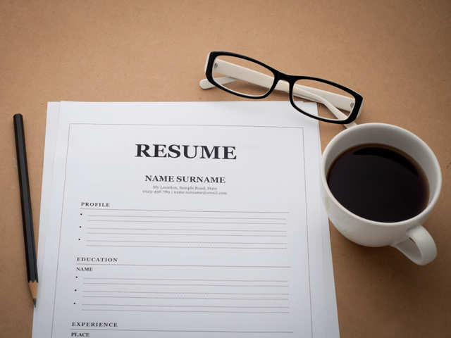 Don't spell a disaster: Four tips to ensure your résumé is error-free