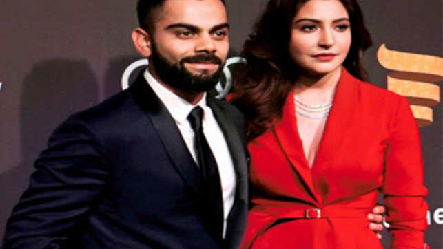 Anushka Sharma, along with parents, spotted at Mumbai T2 amid Virushka Italian wedding rumours