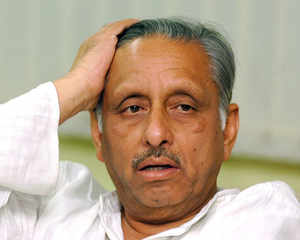 Mani Shankar Aiyar: Ready for any punishment if Cong suffers in Guj polls
