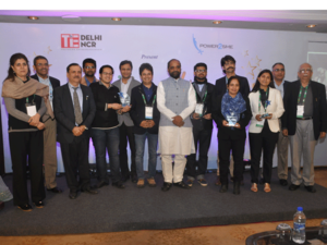 Hansraj Ahir, MoS, Ministry of Home Affairs, with the winners of  Spirit of Manufacturing awards in the capital on Friday.