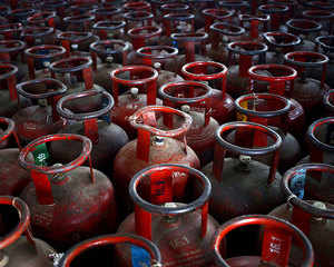 Govt may scrap monthly hike in LPG prices: Reports